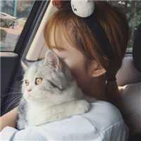 男女抱猫黑白爱人头像 漂亮抱着猫的男女爱人头像